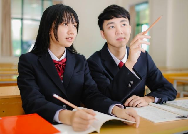 履修登録した授業時間割表、応用日本語学科、台湾高雄の大学本科