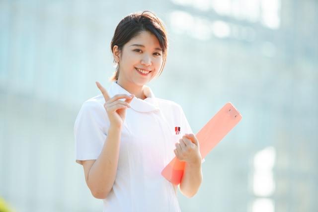 【准看護師とは?看護師との違いは?】学校資格、仕事内容、給料について